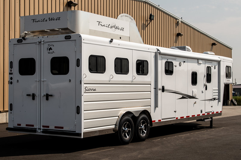 2019 TW Horse Trailers & Tack Rooms-215-2.jpg