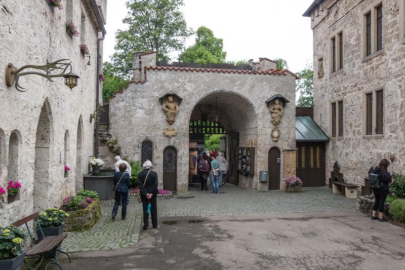149-20180520-Lichtenstein-Castle.jpg