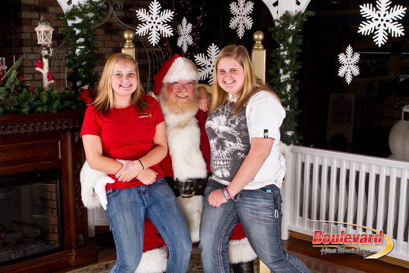 Santa Dec 8-292.jpg