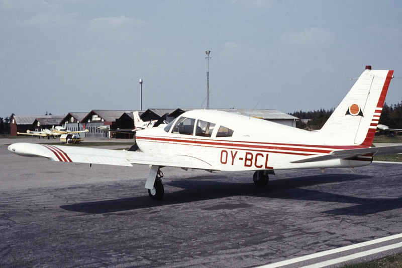 OY-BCL-PiperPA-28R-180CherokeeArrow-Private-EKVJ-1984-04-30-AY-25-KBVPCollection.jpg