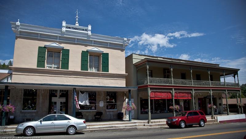 Mariposa Downtown, Highway 49
