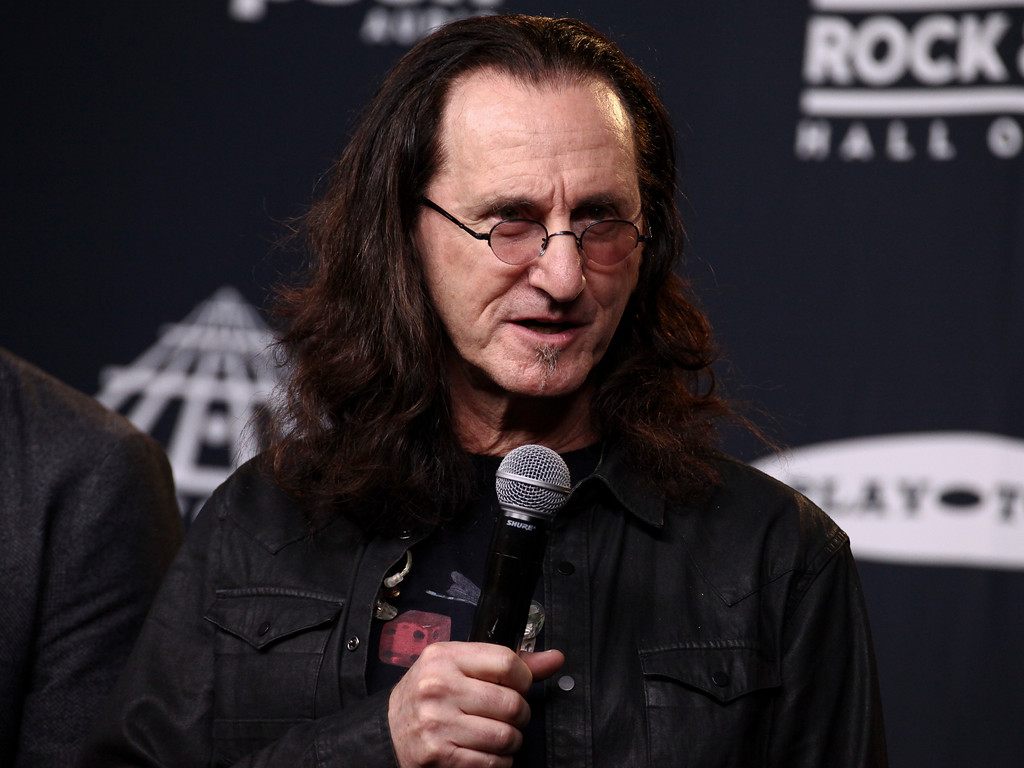 . Geddy Lee of the band Rush poses in the 2017 Rock and Roll Hall of Fame induction ceremony press room at the Barclays Center on Friday, April 7, 2017, in New York. (Photo by Andy Kropa/Invision/AP)