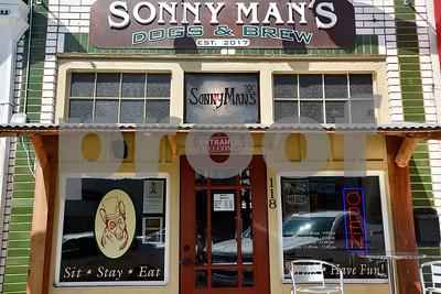 9/20/17 Sonny Man's Dogs & Brews by Chelsea Purgahn