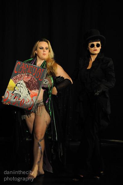 Burlesque (1 of 1).jpg