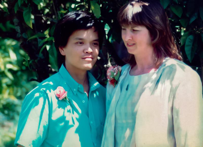 19861129_Tuan_&_Gill_Wedding_Day_(5)-Edit.jpg