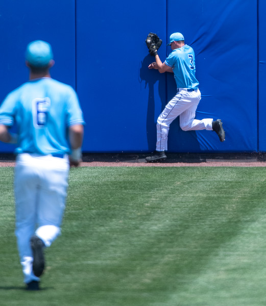 05_18_19_baseball_senior_day-0038.jpg