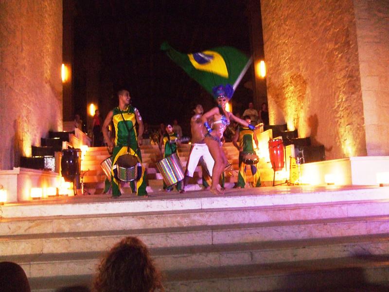 Hotel -8 Dance & Music from Brazil night show