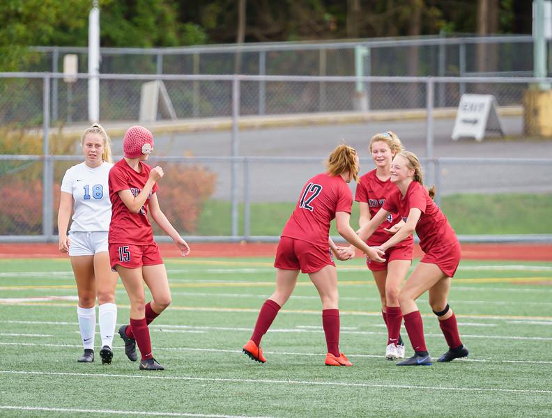 2019-09-28 Varsity Girls vs Meadowdale 098.jpg