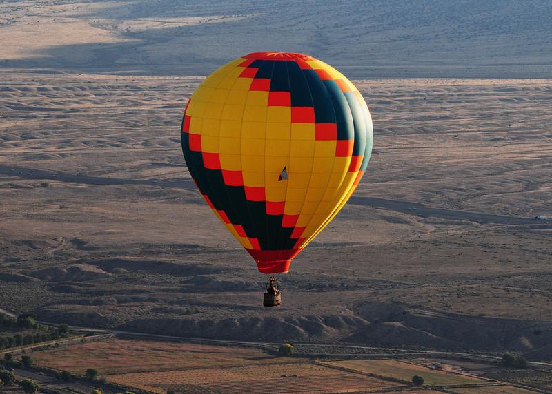 NEA_5920-7x5-Balloon.jpg