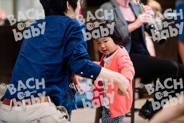 © Bach to Baby 2017_Alejandro Tamagno_RegetntsPark_2017-07-15 022.jpg