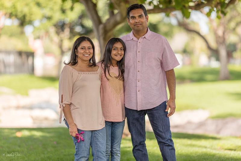 Urvi Family-136.jpg