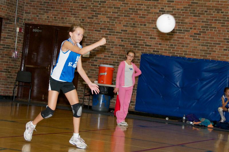 Hugo 5th Grade Volleyball  2010-10-02  14.jpg
