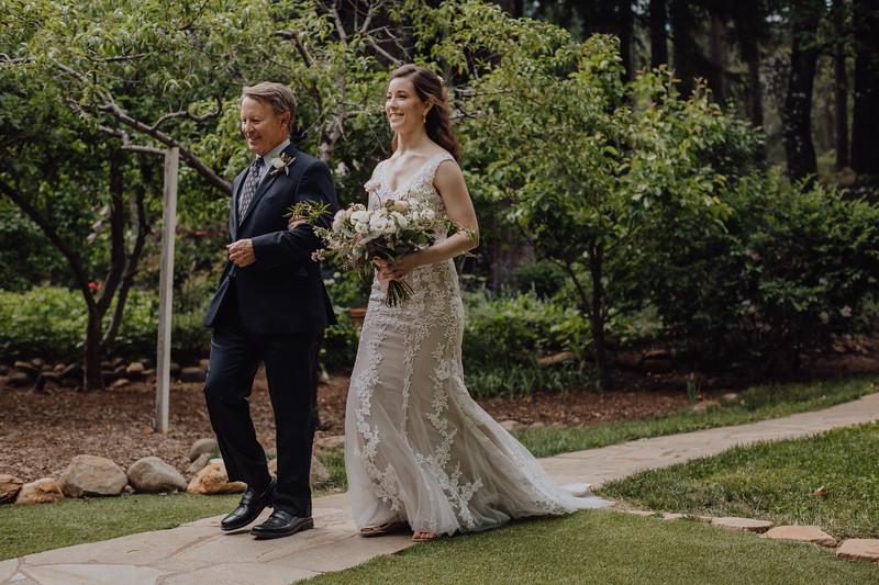2018-05-12_ROEDER_JulieSeth_Wedding_DUSTIN2_0040.jpg