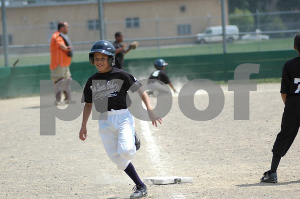 Defenders Baseball 2010