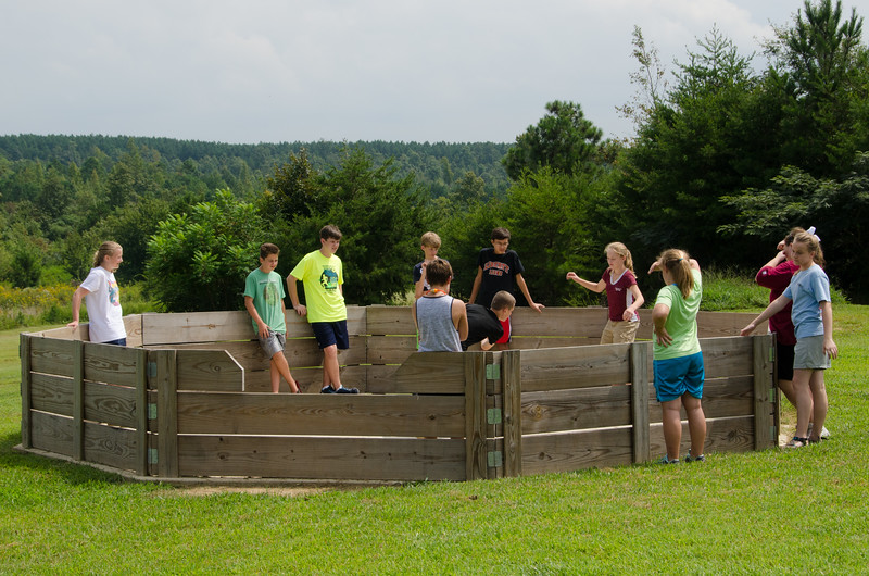 2014JrHighRetreat (52 of 215).jpg