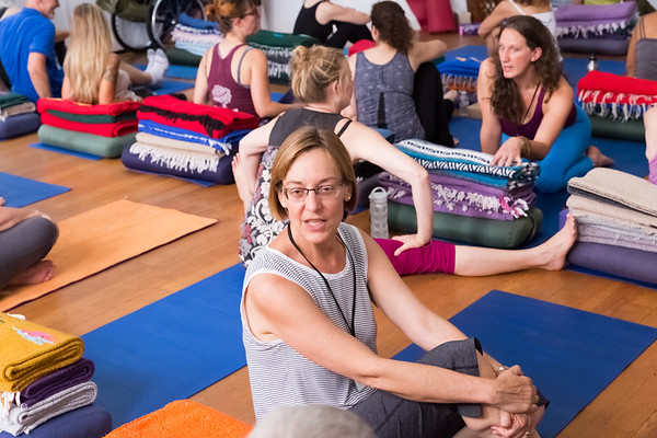 Therapeutic Yoga for Healing with live music by Avahara