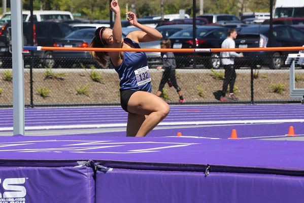 2013-05-04 UW Track & Field Meet - Womens High Jump