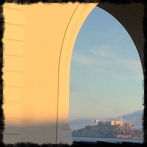 A beautiful vision as the morning fog cleared and the sun emerged on this morning's run. #TheRock #Alcatraz #dad2summit
