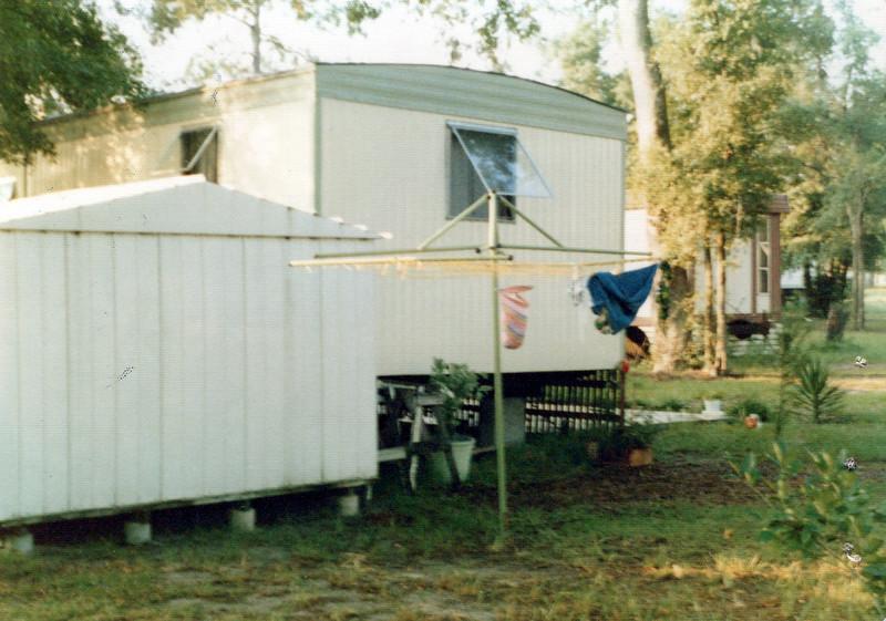 1976 Ken and Elaine trailer.jpeg