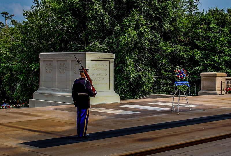 tomb of unknown soldier 003.jpg