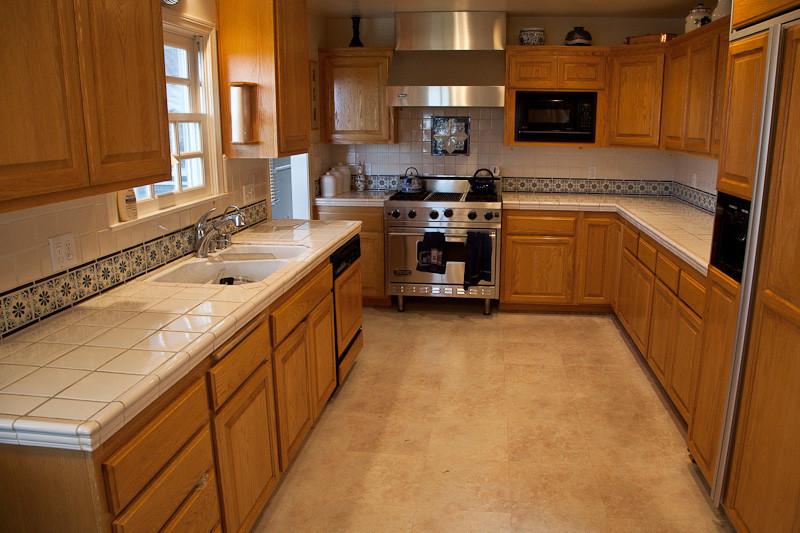feb 27 - kitchen(before).jpg