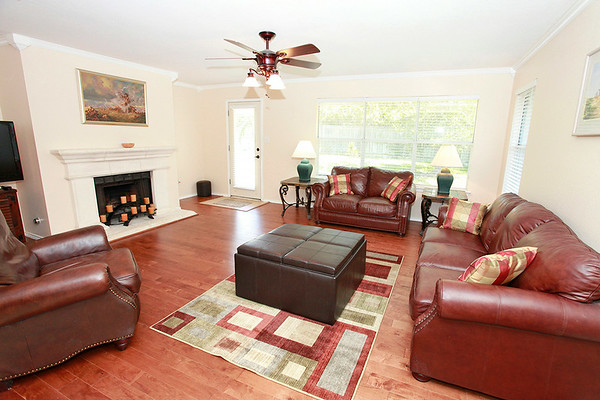 Cedar Park TX home 1210 Rice Avenue