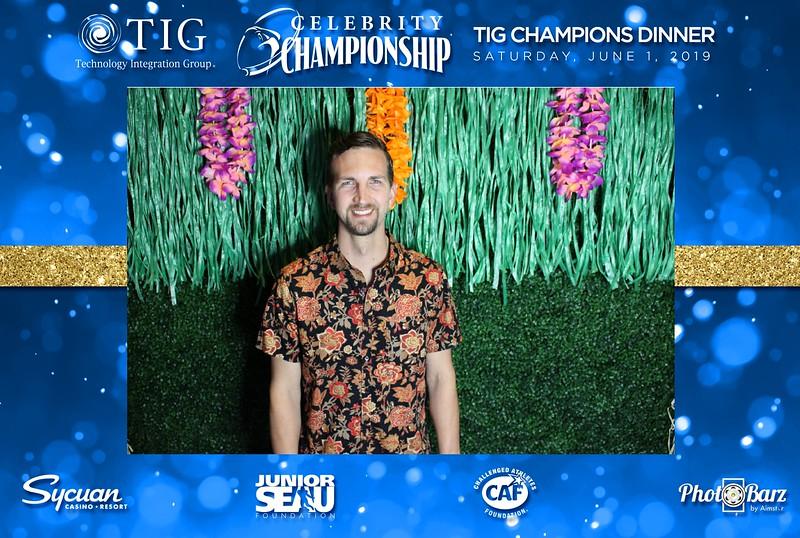 Celebrity Golf Sat Night43.jpg
