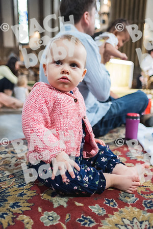 © Bach to Baby 2018_Alejandro Tamagno_Victoria Park_2018-07-11 021.jpg