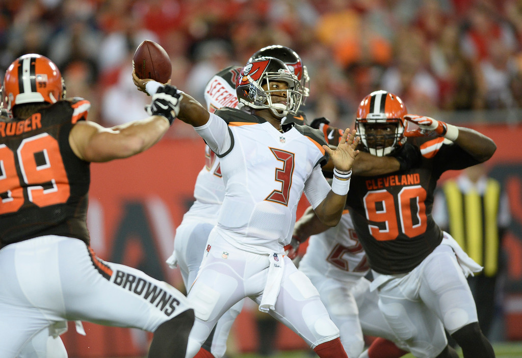 . Tampa Bay Buccaneers quarterback Jameis Winston (3) throw a pass against the Cleveland Browns during the first quarter of an NFL football game Friday, Aug. 26, 2016, in Tampa, Fla. (AP Photo/Jason Behnken)