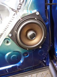 2014 Toyota Tundra Rear Door Speaker Installation - USA