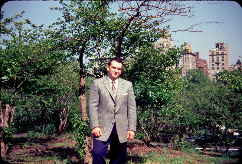 daddy in suit in central park 3.jpg