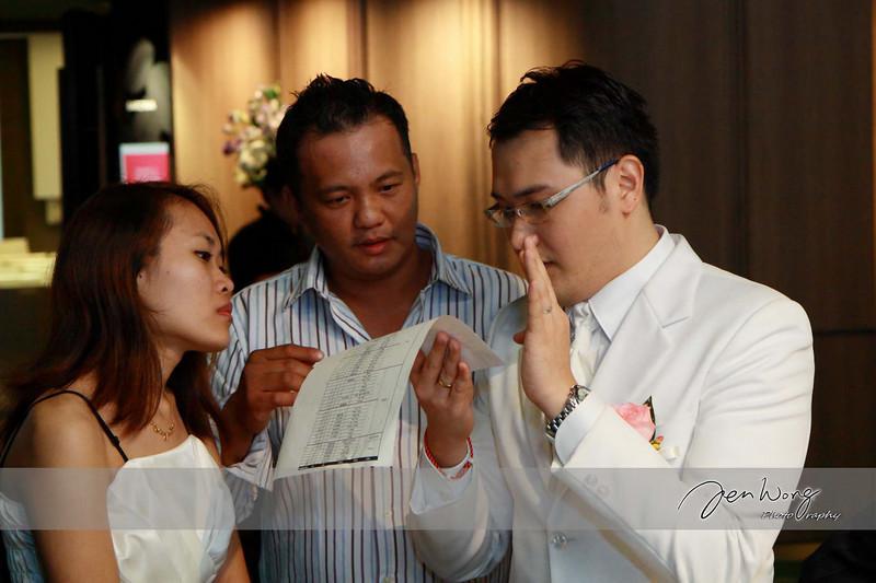 Siong Loong & Siew Leng Wedding_2009-09-26_0308.jpg
