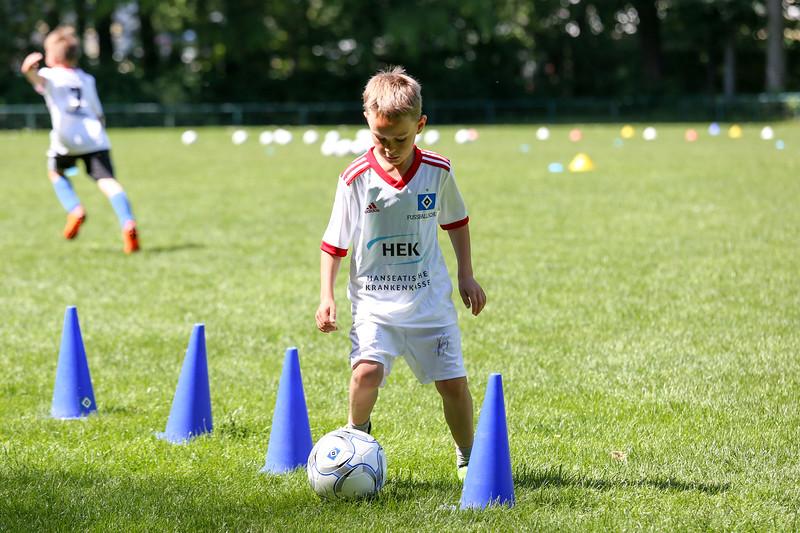 hsv_fussballschule-354_48048035212_o.jpg