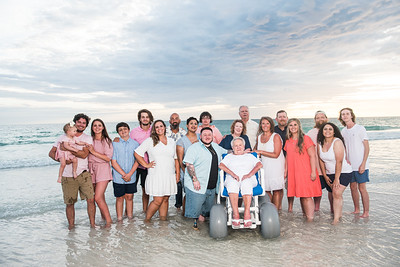 Sara's Family Photos / June 23, 2021