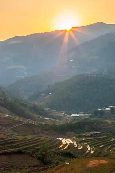 Sapa Rice Terraces Sun BeamsIMG_6635.jpg