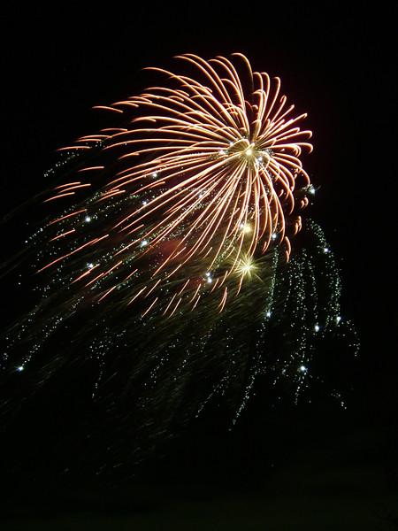 2005_1028tootingfireworks077_edited-1.JPG