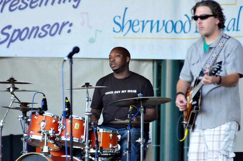 2011_sherwood_musicongreen_KDP7392_072711.jpg