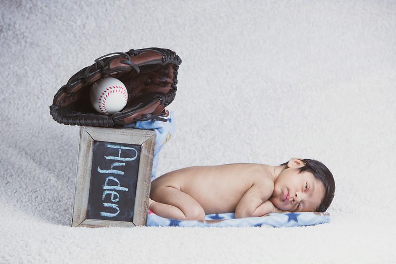 baby-ayden-new-born-portrait_0051.jpg