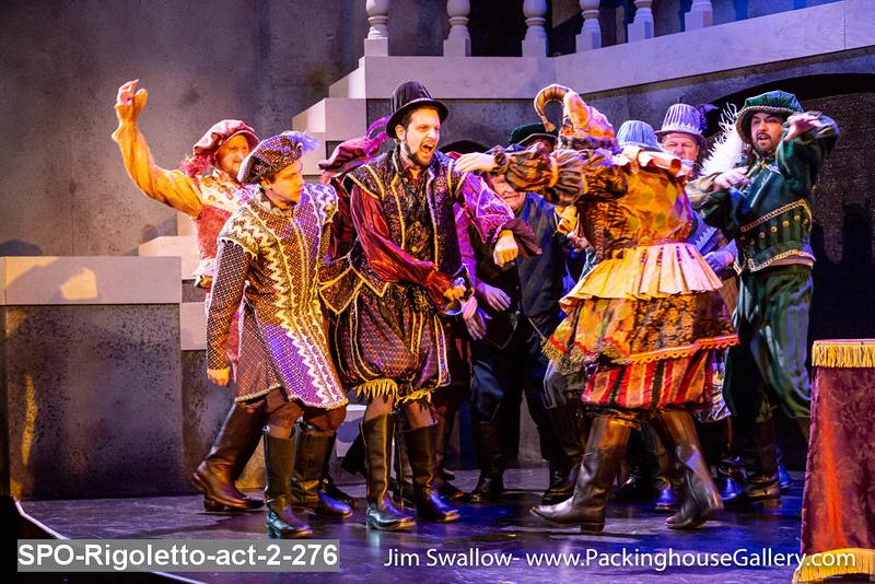 SPO-Rigoletto-act-2-276.jpg