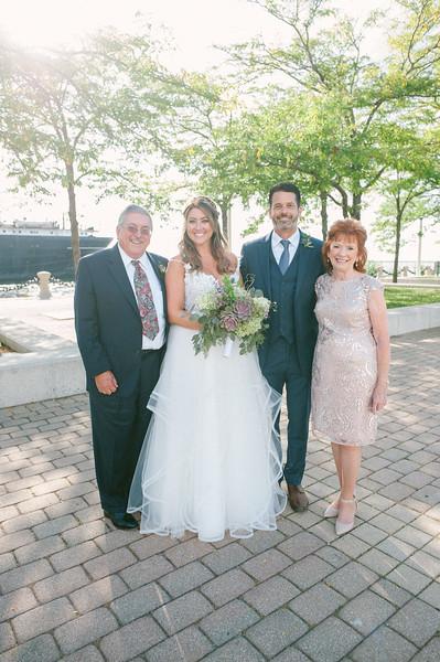 00206 Cleveland Wedding Photographer.jpg