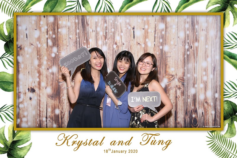 Krystal-Tung-wedding-instant-print-photo-booth-in-Ho-Chi-Minh-City-Chup-hinh-lay-lien-Tiec-cuoi-WefieBox-Photobooth-Vietnam-045.jpg