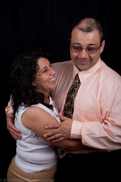 Fuentes Family Portraits-8547.jpg