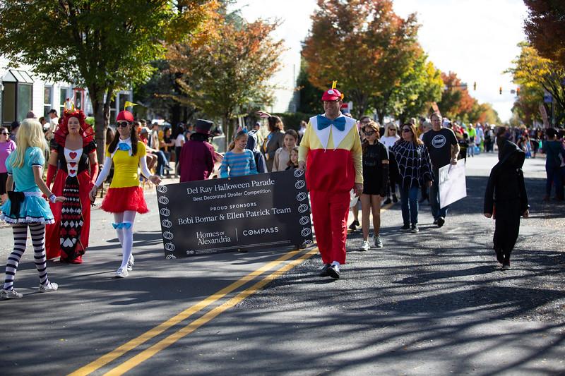 Del Ray Halloween Parade 364.jpg