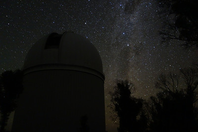 A Clear Night at Siding Spring Observatory