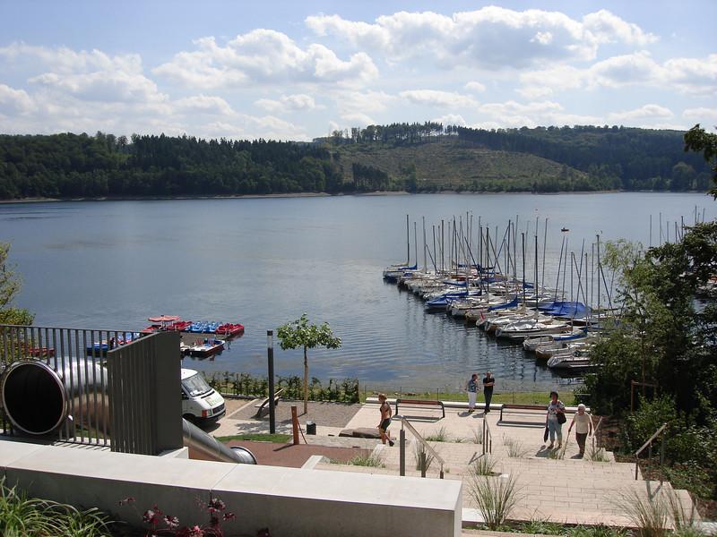 even genieten aan de Sorpesee, het stuwmeer dat in de jaren 1926-1935 werd gebouwd...