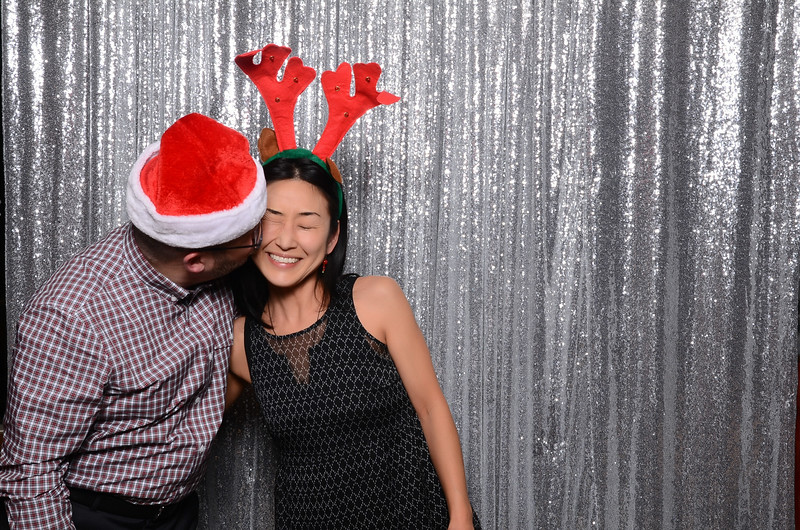 nwg residential holiday party 2017 photography-0160.jpg