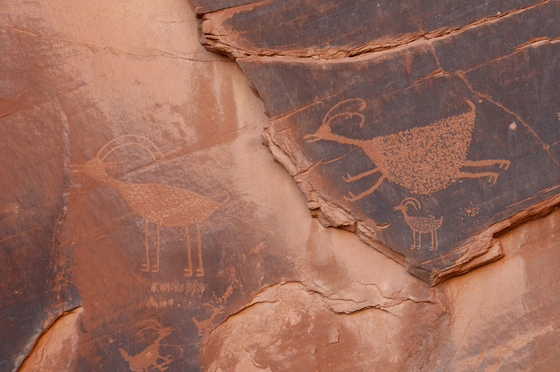Writings on the stone walls in Monument Valley, Utah