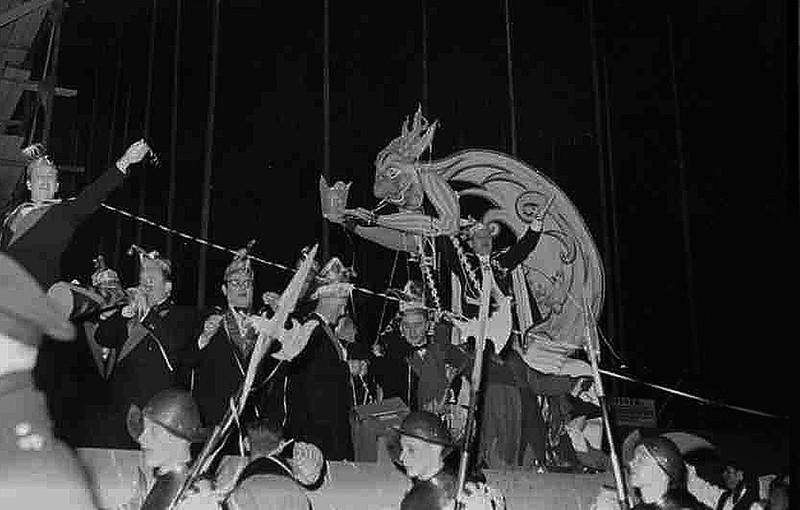 0146-10-intocht-prins-carnaval.jpg