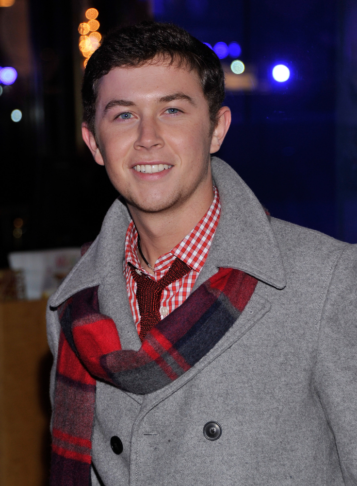 . Singer Scotty McCreery attends the 80th Annual Rockefeller Center Christmas Tree Lighting Ceremony on November 28, 2012 in New York City.  (Photo by Stephen Lovekin/Getty Images)