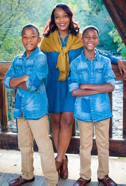 Jones Family Portrait4.jpg